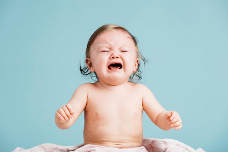 calmer les pleurs de bébé