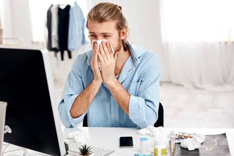 Soigner une angine : les solutions au cas par cas